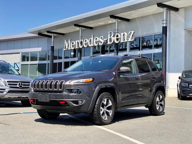 Pre-Owned 2016 Jeep Cherokee 4x4 Trailhawk