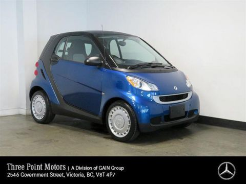 Pre-Owned 2011 smart fortwo pure cpé